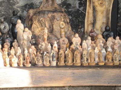ジャズ&ジャラリー 3.11祈りの像.jpg